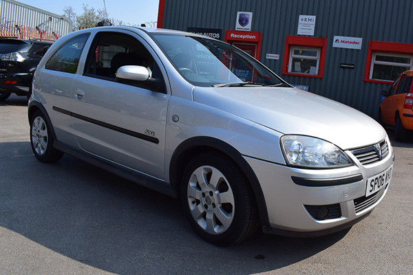 Vauxhall Corsa SXi for Sale in Stockport